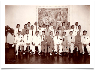 Welcome party given by the War Veterans in 1947. Ed in front with ELCGA senior staff