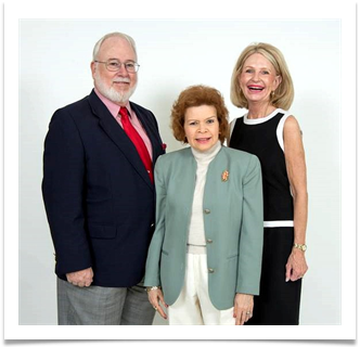 Col. Edwin P. Ramsey Jr., Raqui and Dr. Danette Boyle, Exec Dir OMA Alumni Association